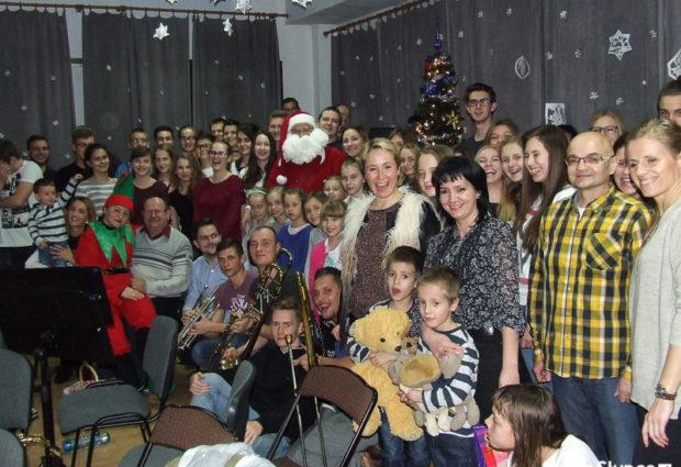 Mikołaj z wizytą u orkiestry